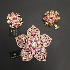 Vtg Marie Ferra Flower Rhinestone Brooch Earrings